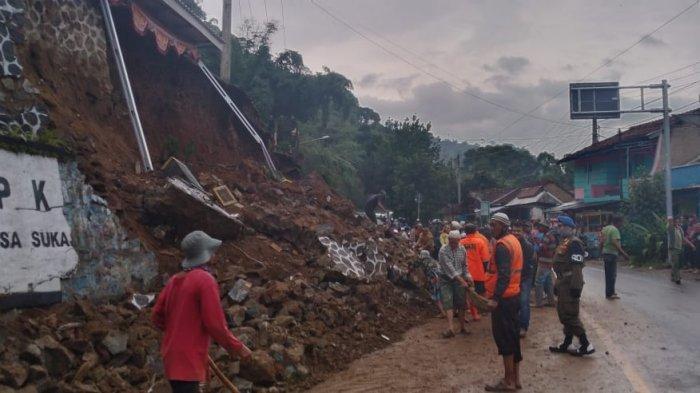 Tebing Longsor di Jalan Soreang-Ciwidey, Begini Kondisi Terakhir di Lapangan