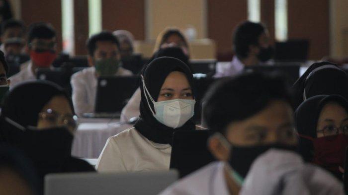 Peserta tes CPNS Kabupaten Bandung tahun ini yang sedang mengikuti seleksi di Telkom University.