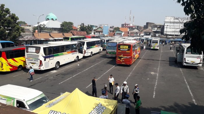 Jalur Selatan Macet, Terminal Cicaheum Kerahkan Bus Cadangan di Musik Lebaran 2018