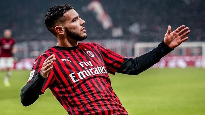 AC Milan Tolak Mentah-mentah Tawaran 680 Miliar dari Paris Saint-Germain untuk Theo Hernandez