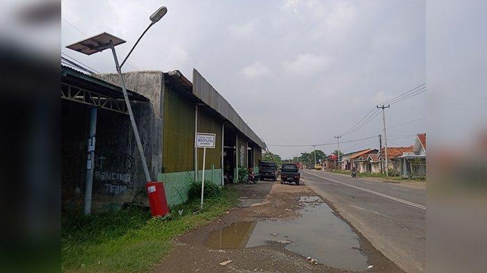 Sejak Tiang Lampu PJU Roboh di Jalan Lohbener Indramayu, 2 Orang Tewas Tabrakan karena Jalan Gelap