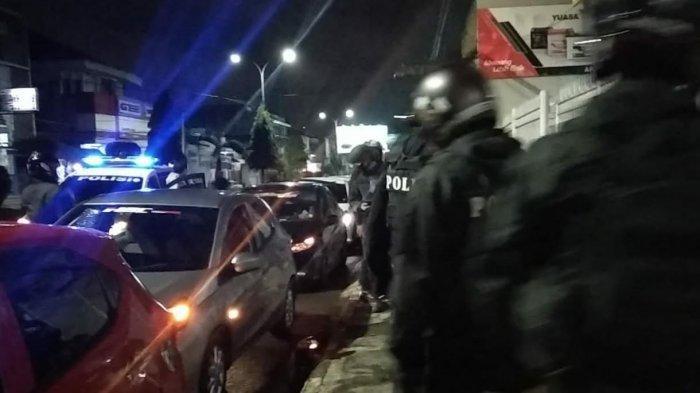 Anggota Komunitas Gugup Didatangi Polisi, Temukan Barang Haram Ini Dalam Mobil, Ada Anak Kecil Juga