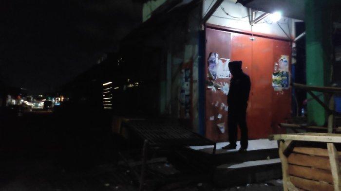 Sedang Nunggu Togel Keluar, Orang-orang di Pasar Ciawitali Garut Ini Kaget Digerebek Polisi