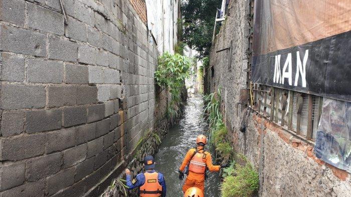 Dua Anak Tenggelam di Parit Babakan Ciparay Bandung, Tim SAR Sebar 3 Tim Cari Korban