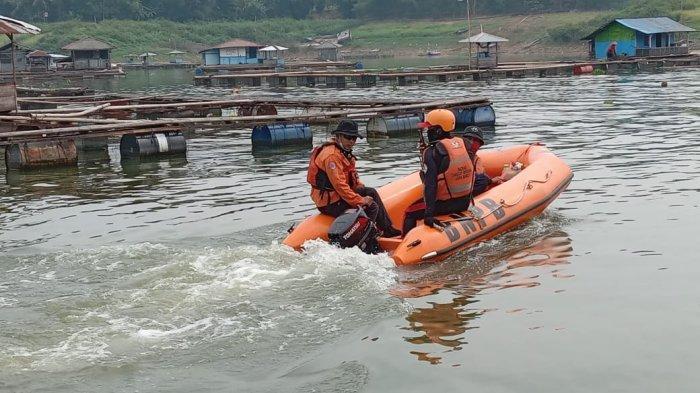 Pencarian Hari Ketiga, Pelajar SMP yang Tenggelam di Waduk Cirata Belum Ditemukan
