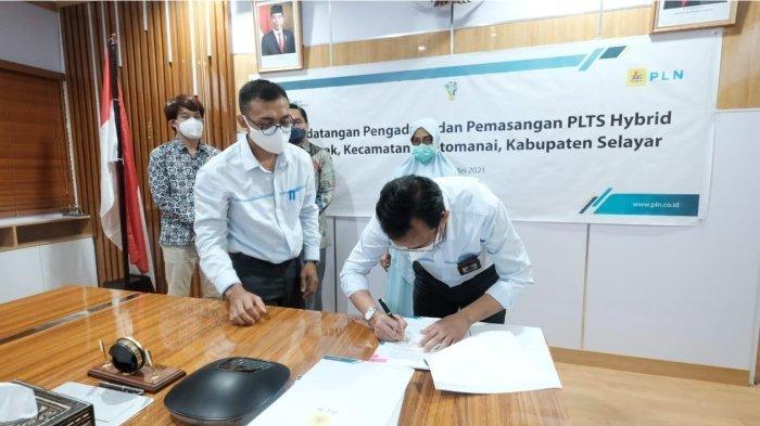 Tingkatkan Bauran EBT, PLN Bangun PLTS Hybrid di Selayar Sulsel