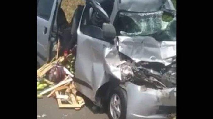 Tol Cipali Baru Kemarin Hari Ini Terjadi Lagi Kecelakaan Maut Grandmax Tabrak Truk 2 Tewas Tribun Jabar