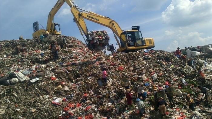 Waspada Longsor Sampah, TPA Cibeureum Sumedang Overload, Dampak Buruk Menanti
