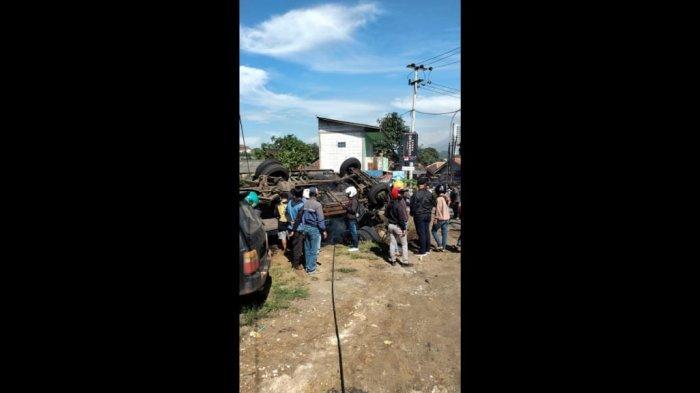 UPDATE Truk Terguling Timpa Pengendara Motor, Korban Sudah Dievakuasi, Meninggal, Ini Identitasnya