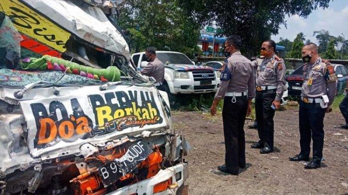 Niat Wisata ke Puncak Berakhir Duka, Empat Pelajar Asal Tangerang Tewas Dalam Kecelakaan Maut