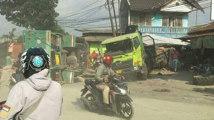 MACET PARAH di Sukabumi-Bogor, Dua Truk Kontainer Tabrakan di Cicurug Pukul 03.00 WIB