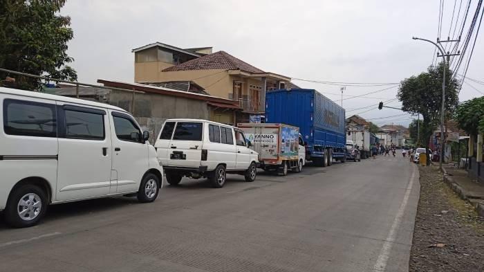 Jalur dari Sukabumi ke Cianjur dan Bogor Macet Parah, Pengendara Diimbau Ambil Jalan Alternatif