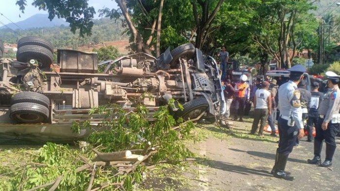Kecelakaan di Nagreg, Butuh Waktu Tiga Jam untuk Evakuasi Satu Korban yang Terjepit