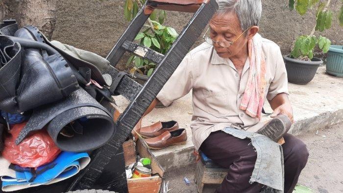 tukang-sol-sepatu.jpg