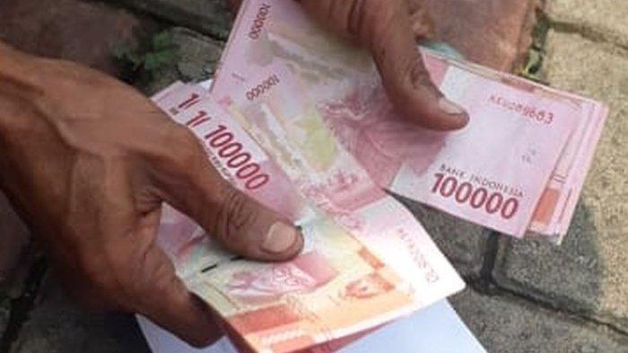 ILUSTRASI - Uang tunjangan hari raya atau THR.