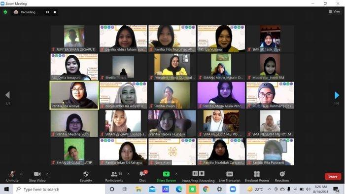 UBK Gelar Webinar : Mempersiapkan Belajar Tatap Muka Dengan Terapi Farmakologi Covid-19