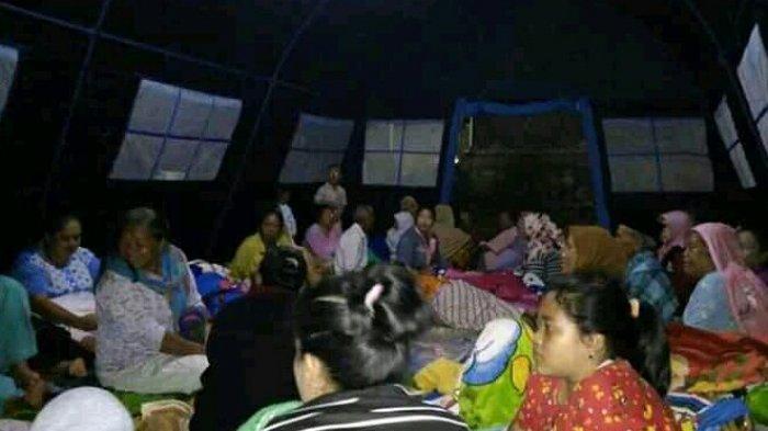 Gempa Bumi Sukabumi, Ratusan Warga Mengungsi ke Tenda Pengungsian