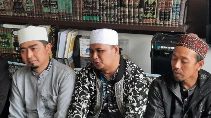 BREAKING NEWS Kasus Pembatalan Pengajian di Cisewu, Ustaz Solmed Akhirnya Berdamai dengan Panitia