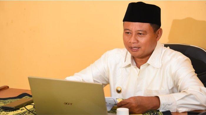 Wakil Gubernur Jabar Uu Ruzhanul Ulum saat memberi sambutan secara virtual pada Kegiatan Training of Trainers (ToT) Program Pesantren Sehat Santri Berseri PT Unilever Indonesia, Rabu (13/10/2021).