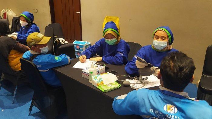 Melihat Pelaksanaan Sentra Vaksinasi Bersama BUMN di Bandung, Libatkan Milenial hingga Profesional