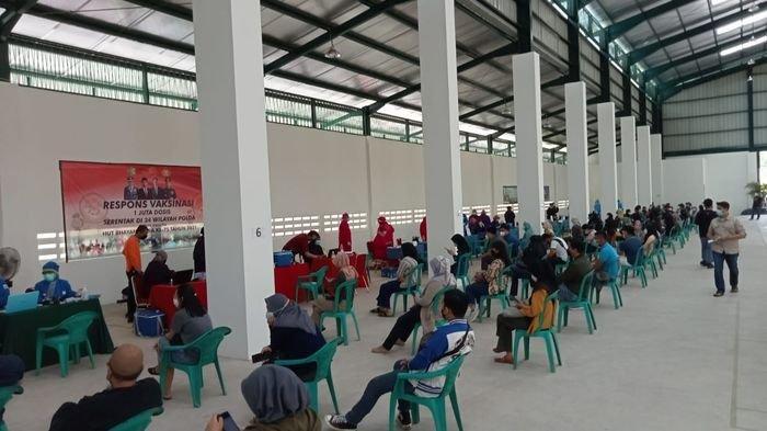 Wakil Wali Kota Cirebon Apresiasi Warga yang Antusias dan Sadar Pentingnya Vaksinasi Covid-19