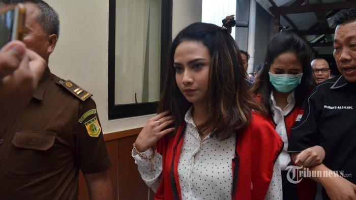 Vanessa Angel Dihukum 5 Bulan Penjara, Lebih Ringan daripada Tuntutan Jaksa