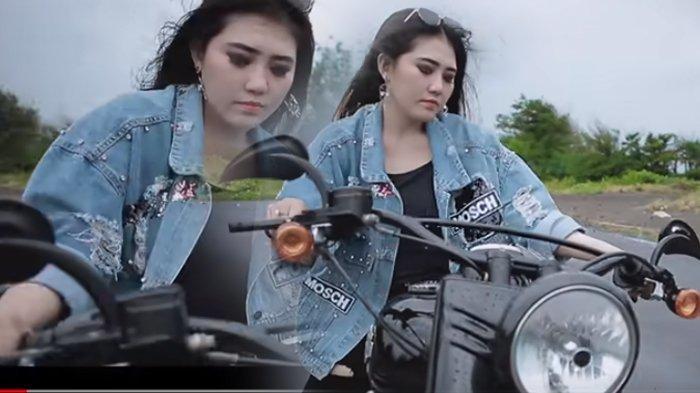 Via Vallen Naik Moge di Video Klip Lagu Baru 'Ketika', Sudah Ditonton 2 Juta Kali, Ini Lirik Lagunya