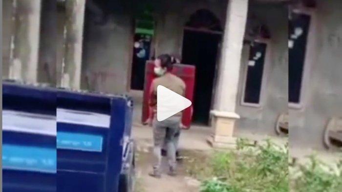 VIRAL Pria Videokan Mantan Pacar Tante-tante Usai Putus Barang Pemberian Dibawa Balik, Netizen Kesal