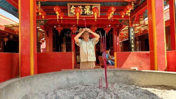 Vihara Dharma Rahayu Indramayu Selalu Sepi di Perayaan Imlek, Tahun Ini Makin Sepi