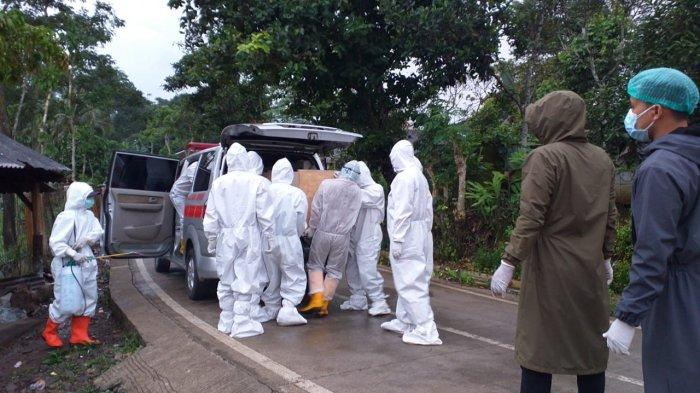 Virus Corona Sudah Sampai Pelosok Cianjur Selatan, Polisi Ikut Mengamankan Jalannya Pemakaman