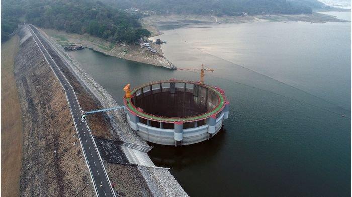 Air Limpahan Waduk Jatiluhur Penyebab Banjir Karawang dan Waduk Retak, Ini Kata Jasa Tirta II