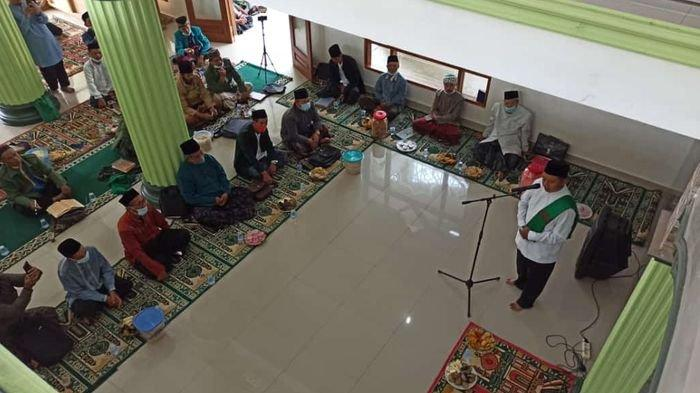 Wagub Jabar Uu Ruzhanul Ulum Akan Usulkan Lockdown ke Ridwan Kamil karena Kasus Covid-19 Terus Naik