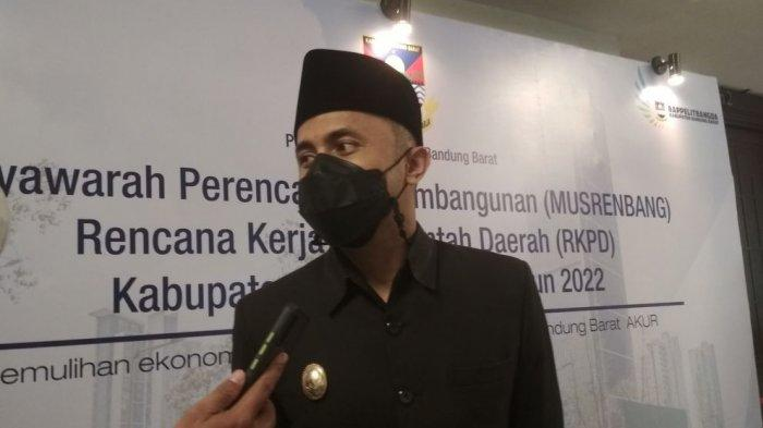 Warga Bandung Barat Tak Sabar Hengky Jadi Bupati, ''Dia Ganteng dan Milenial''