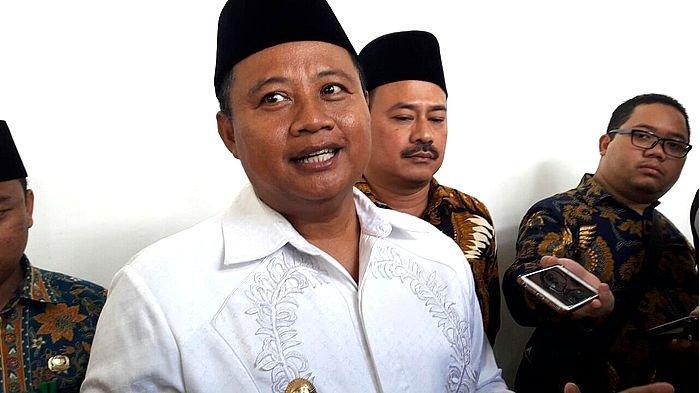 Wakil Gubernur Jabar Uu Ruzhanul Diminta Klarifikasi Soal Deklarasi Dukungan untuk Jokowi