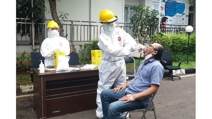 Antisipasi Penyebaran Covid-19, Pimpinan dan Anggota DPRD Kota Bandung Jalani Tes PCR