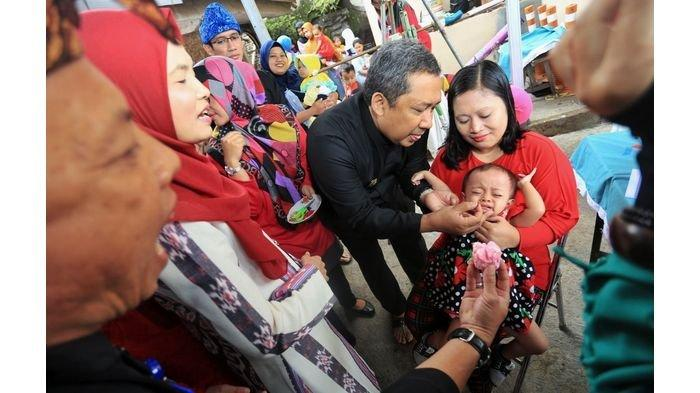 Yana Mulyana Ajak Semua Orangtua yang Punya Balita di Kota Bandung untuk datang ke Posyandu