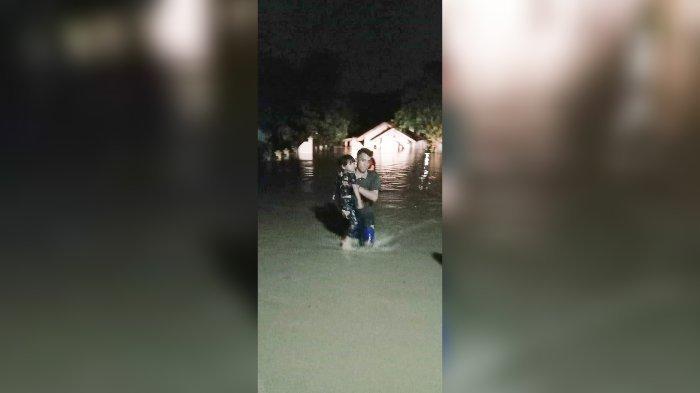 Banjir 3 Meter Terjang Mande Cianjur, Ini Daerah-daerah yang Terdampak, Madrasah Ikut Terendam