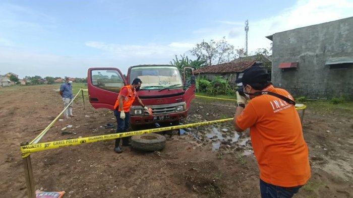 Warga Tegal ditemukan meninggal dunia di dalam mobilnya.