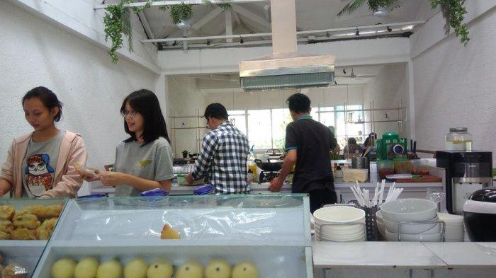 Warong Sombar, Kedai Kuliner Tradisional Manado yang Berawal dari Gerobak -  Halaman 1 - Tribun Jabar