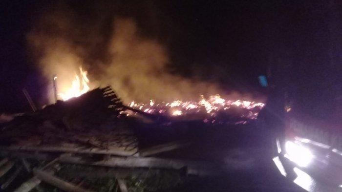 Pemilik Lupa Matikan Tungku, Sebuah Warkop di Darmaraja Sumedang Ludes Terbakar