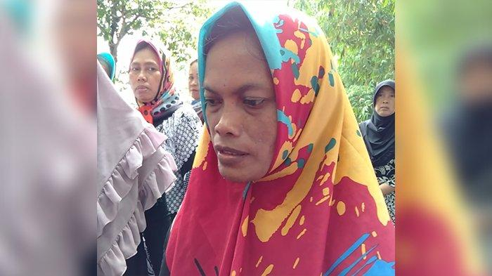 Wawancara dengan Ibunda Delis, ABG yang Ditemukan Tewas di Gorong-gorong, Minta Pelaku Dihukum Mati