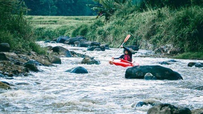 Wisata Sungai di Bandung, Turis Bisa Nikmati Kayak yang Menyenangkan di Sungai Ciherang, Banjaran,