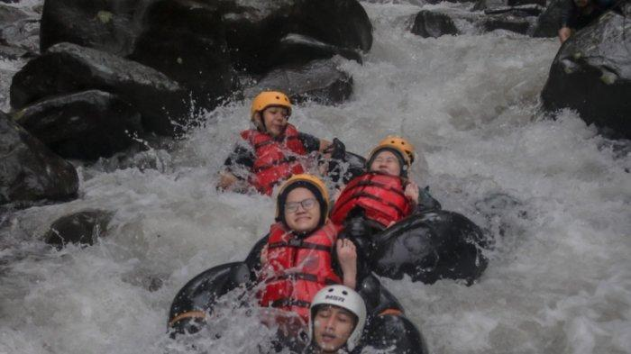 Objek Wisata River Tubing Cikadongdong Majalengka Masih Sepi Pengunjung, Ini Penyebabnya