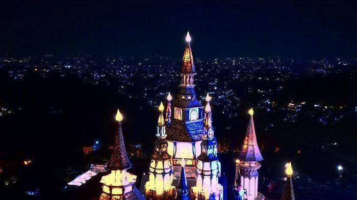 Wisata Selfie Kastil dan Mercusuar Abad Pertengahan, Bak Negeri Dongeng yang Lagi Hits di Bandung 2