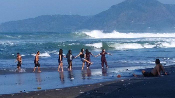 Indonesia Akan Buka Lagi Kunjungan untuk Wisatawan Asing Mulai Juni 2021