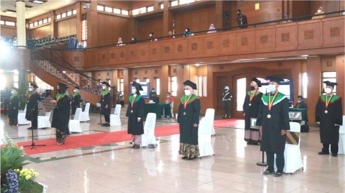 Wisuda Gelombang II Universitas Pendidikan Indonesia Tahun 2021