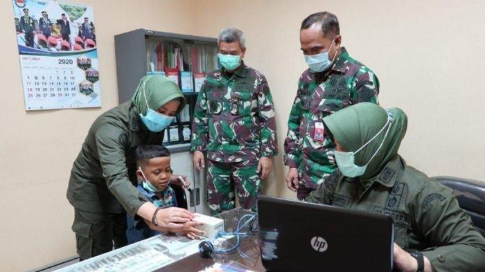 Mengharukan, Yessy Bocah asal Kupang Pamitan ke Menhan Prabowo Setelah Dapat Kaki Palsu Barunya