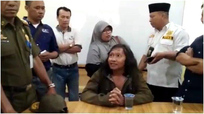 Bentak-bentak Guru Depan Murid SD, Wartawan Gadungan di Tangerang Ditangkap Satpol PP