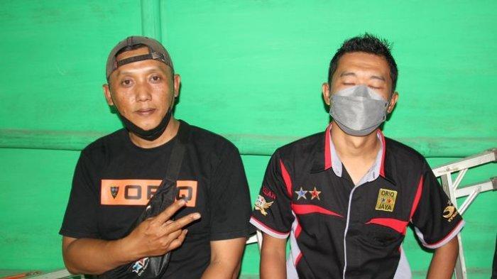 Yudi dan Gugun, pantia gantang  di Taman Bukit 21 Kompleks Bukit Mekar Indah RW 021, Cimekar, Cileunyi, Kabupaten Bandung, Minggu (22/8).