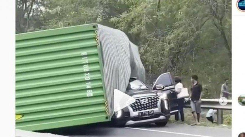 bos-indomaret-kecelakaan-maut-di-tol-cipularang-3.jpg